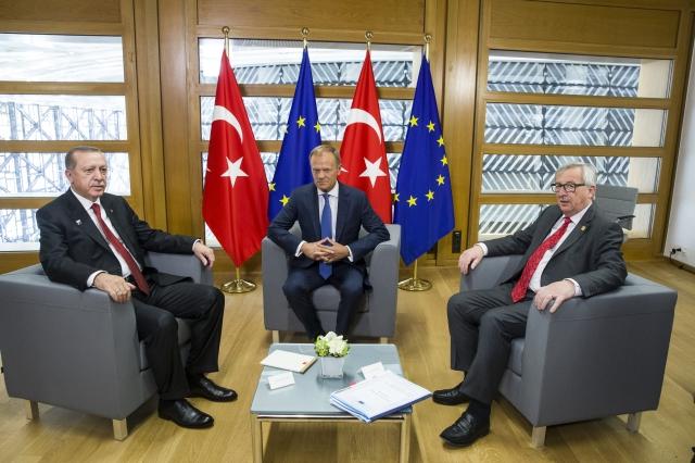 Ve...Türkiye AB ile yeniden masaya oturuyor.