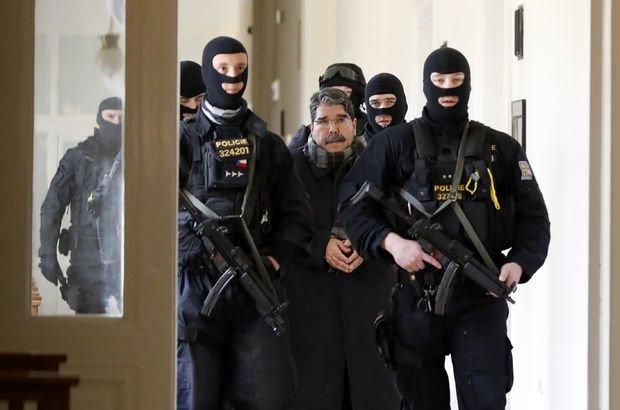 Salih Müslim serbest ! Çek Mahkemesi Türk düşmanı teröristi serbest bıraktı